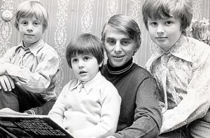A young Willie Carson and family