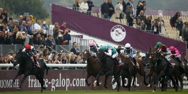 Golden Horn wins Arc