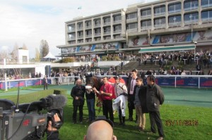 TRIANA DU BERLAIS wins the Prix Bournosienne (Grade 3)