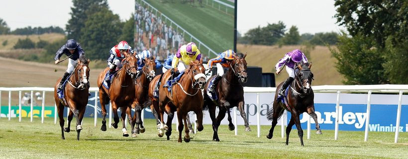 U S NAVY FLAG (Ryan Moore) beats BRANDO (yellow) in The Darley July Cup Newmarket 14 Jul 2018 - Pic Steven Cargill / Racingfotos.com