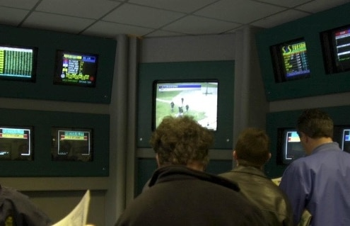 "NOTTINGHAM THE BOOKMAKERS SCREENS ON COURSE AT NOTTINGHAM TODAY. PIC GEORGE SHELTON. . ""RACINGFOTOS.COM"""